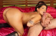 Bruna Ferraz, Pâmela Butt e outras gostosas encaram sexo anal com o dotadão Big Macky