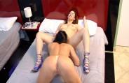 Keith e Thayla fazem sexo lesbo delicioso