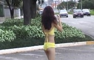 Brunette gives hot pussy in the street