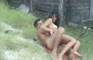Comendo a namorada na praia deserta