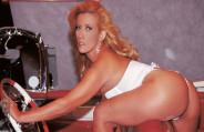 Rita Cadillac fode com Alex Ferraz em cima do palco