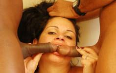 Bianca fica de quatro pra levar a piroca na bucetinha gostosa
