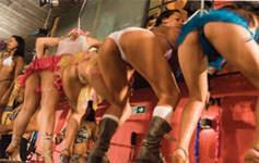 As maiores gatas da Brasileirinhas fudendo em festa de Carnaval