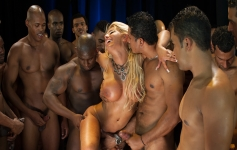Confira o Show de Orgias que a Brasileirinhas preparou
