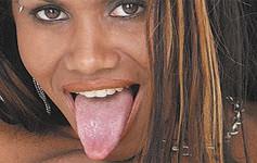 Lisa Cock estrelando o filme Sexo Duplo