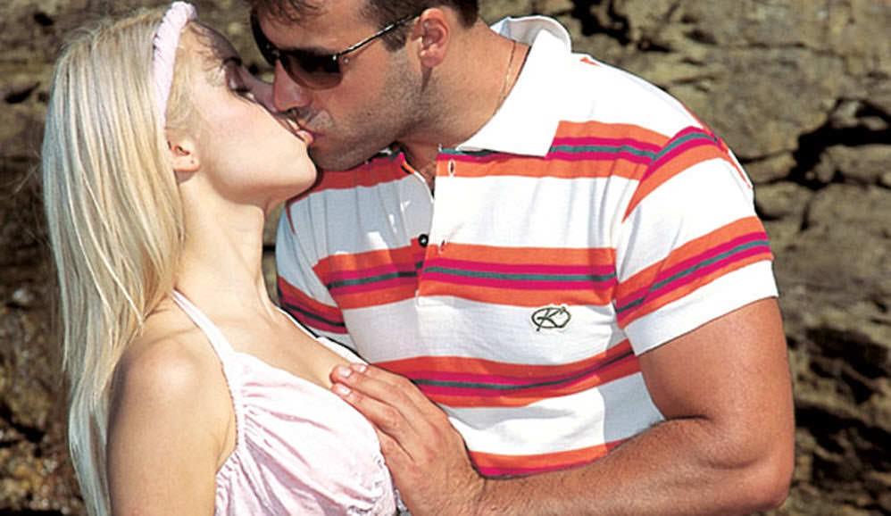 Sexo na praia.
