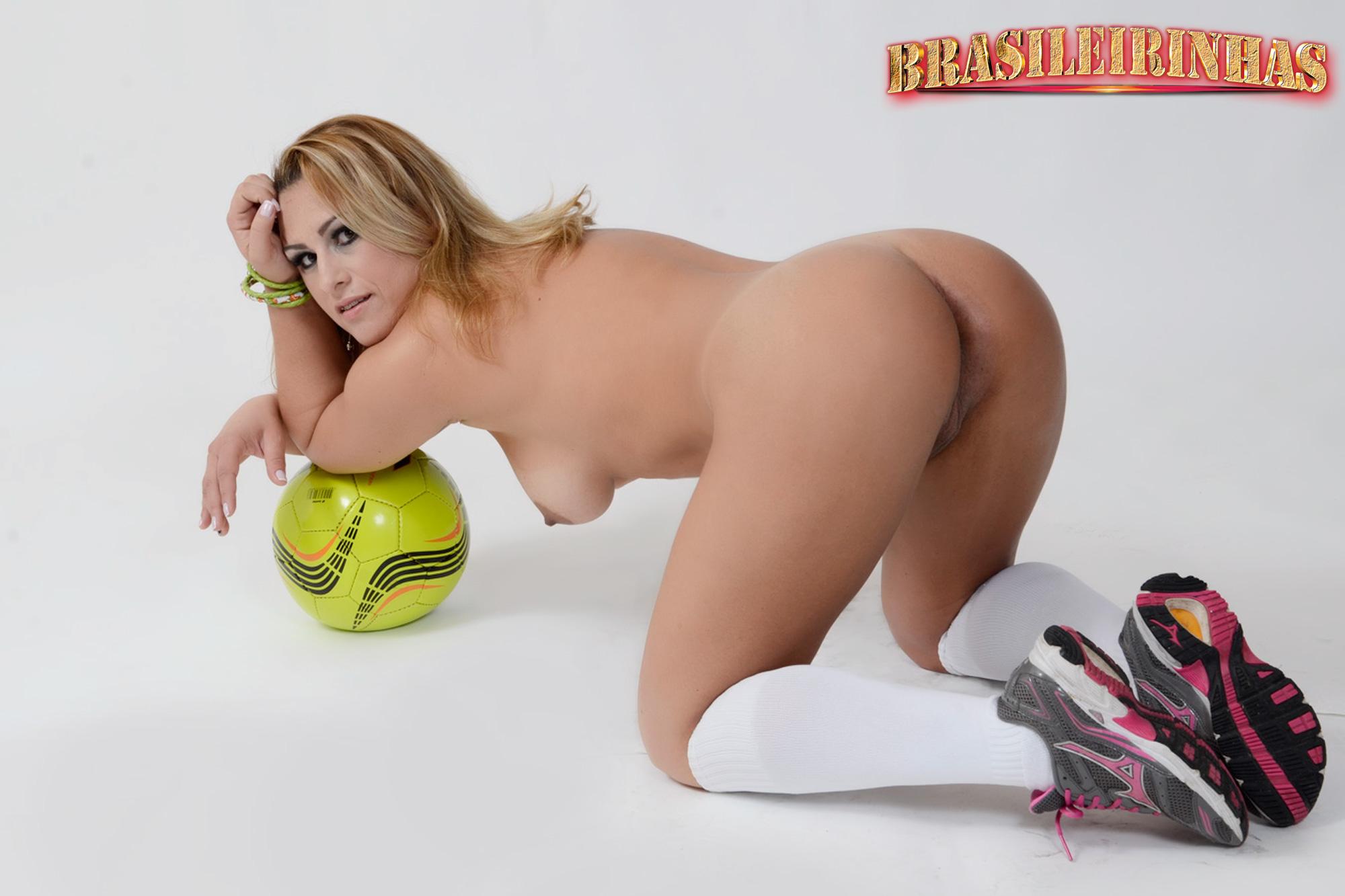 Hot nice de quatro porno booty these