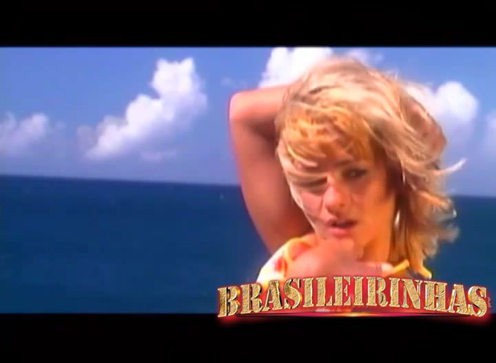 flagras de sexo na praia porra na boca