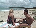 casal fodendo muito juntinhos na praia