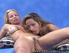 duas gostosas fazem sexo lesbo