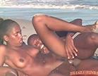 gostosa tina fudendo na praia