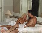 loira gostosa fazendo sexo hardcore no motel