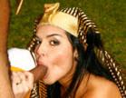 morena egipcia chupando pica