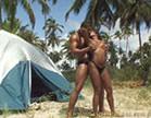 morena gostosa e bem dotado caprichando no sexo ardente na praia
