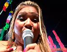 mulher file cantando em baile funk da brasileirinhas