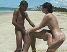 negao fode a loirinha na praia