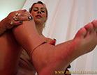 nicolle bittencourt mostrando seus lindos pezinhos