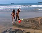 sexo lesbo na praia