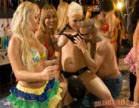 varias gostosas se pegando durante carnaval da brasileirinhas