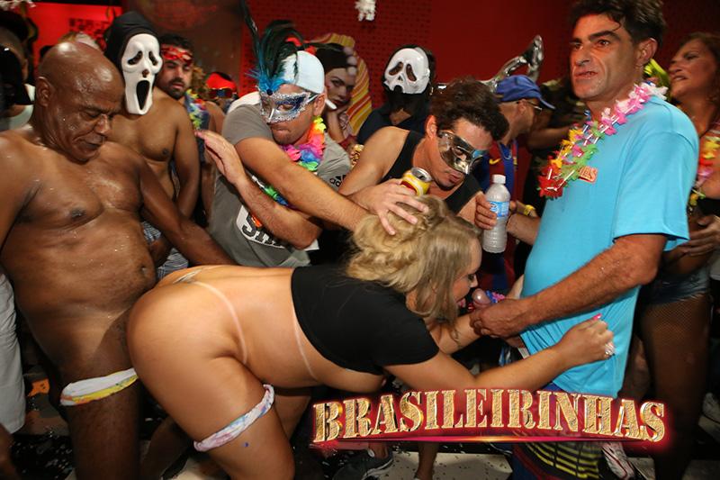 A gostosa elisa sanches e suas amigas em cenas de sexo - 3 part 6