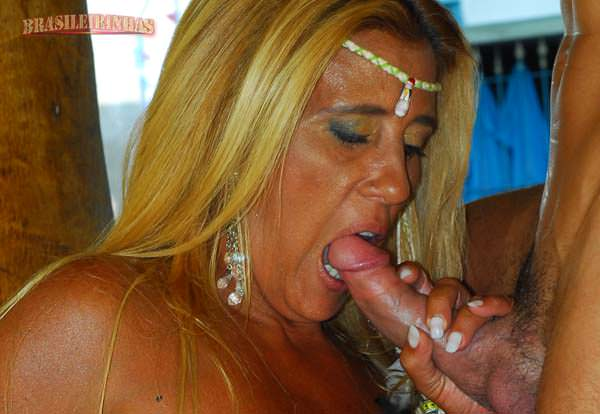 Rita Cadillac E Oliver Fudendo Em Filme Porno