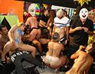Mais de 50 pornstars estão no salão da Brasileirinhas prontas para sambar e fo