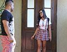 Filme porno, Monique Bastos deu um sumiço na mãe e foi dá a bucetinha pro rol