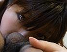Ai Okada estudanhte japonesa chupou muito a rola do macho e ele massageou os pei