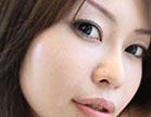 O marmanjos arregaçou a buceta peluda da japonesa sem camisinha, a safada com c