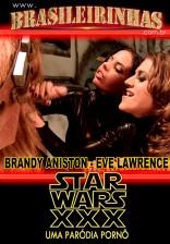 Enquanto Han Solo, Luke e Obi-Wan têm problemas com a nave, Chewbacca se dá bem!