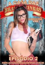 Karolyne Vibe é uma ninfeta gostosa da Casa das Brasileirinhas