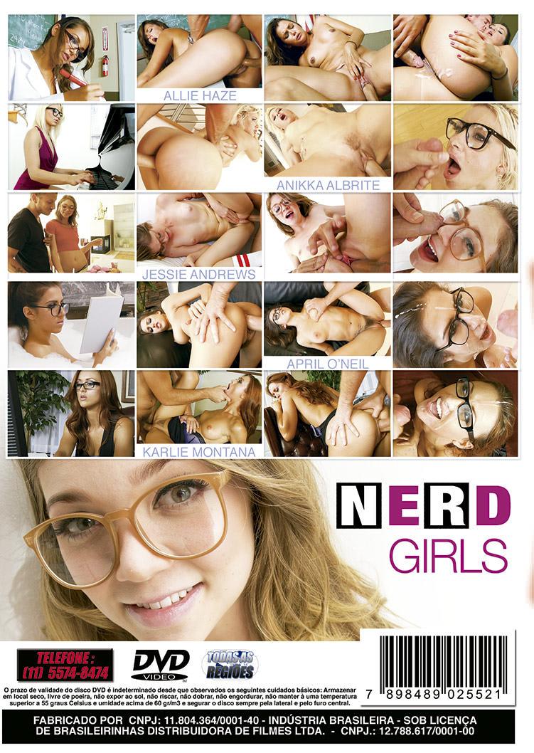 Capa tras do filme Nerd Girls