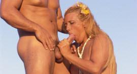 Juliano Ferraz gives a deal in dirty Rita Cadillac