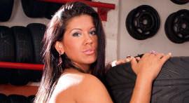 Bruna Ferraz betrays her boyfriend giving cu pro borracheiro