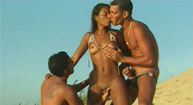 The hot mulatto showed that loves a ménage and groaned loudly over the scene!