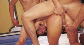 Delicious Ju Pantera waddled into two dicks