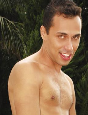 Lui Navarro ator pornô gay