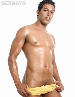 Samaroni Caliu ator pornô gay