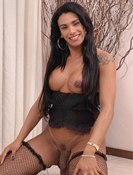 Travesti Claudia Lins