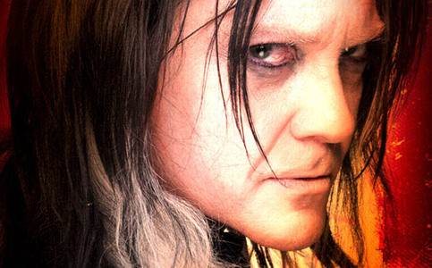 Kiko Mascarenhas interpreta travesti