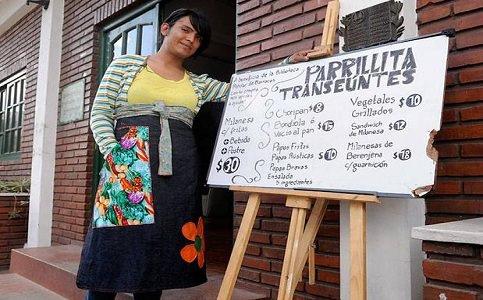 Irmãs trans abrem churrascaria contra preconceito