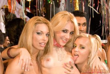 Confira Todos Os Videos Porno De Rita Cadillac