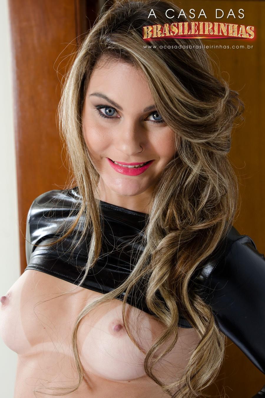 nayra-mendes-loira-sorrindo.jpg