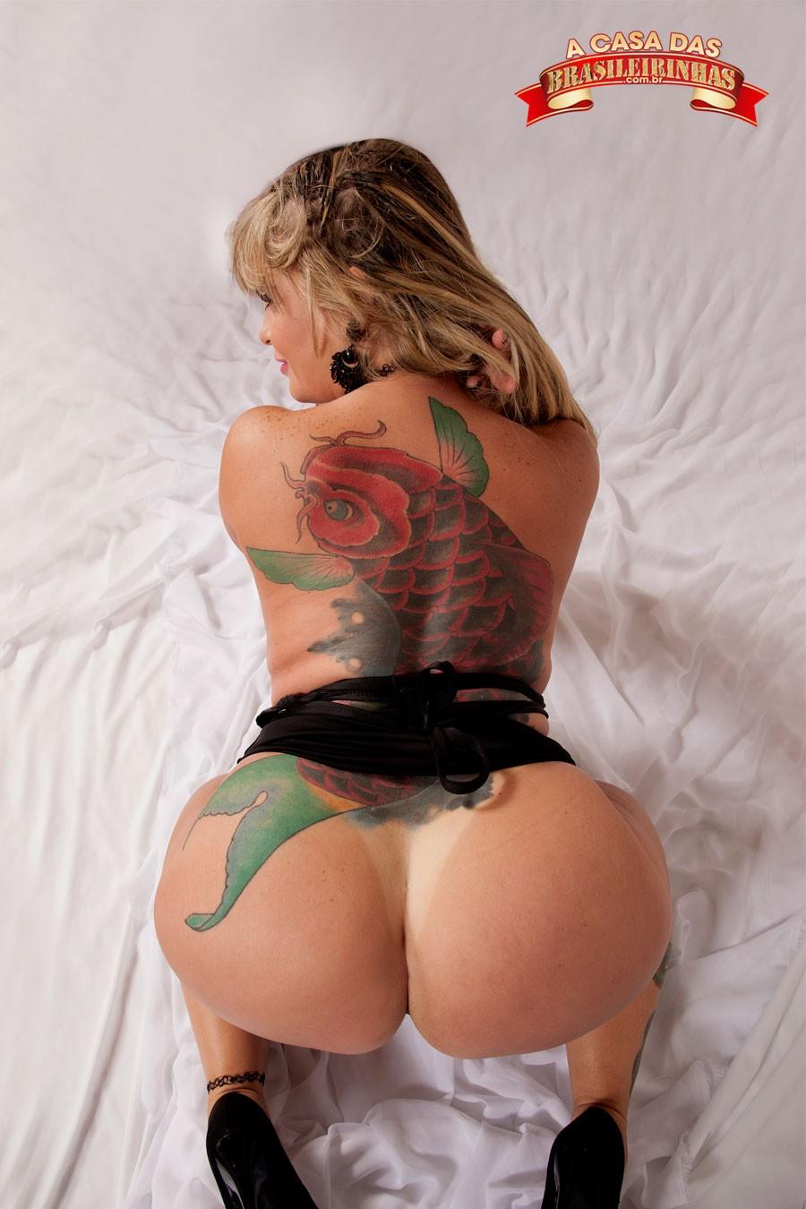 Ensaio fotografico com loira muito gostosa anal 10