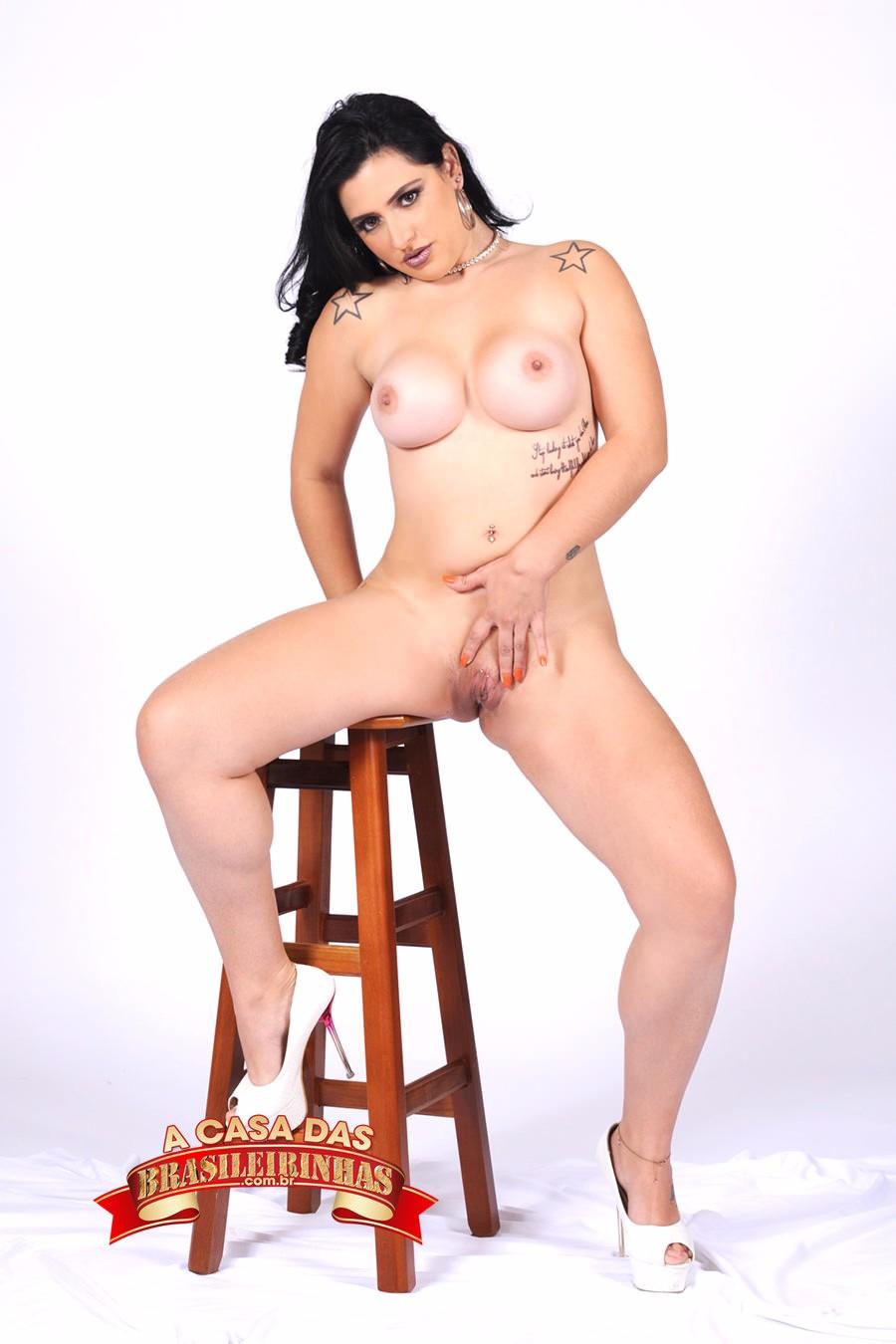 Monica-Lima-morena.jpg