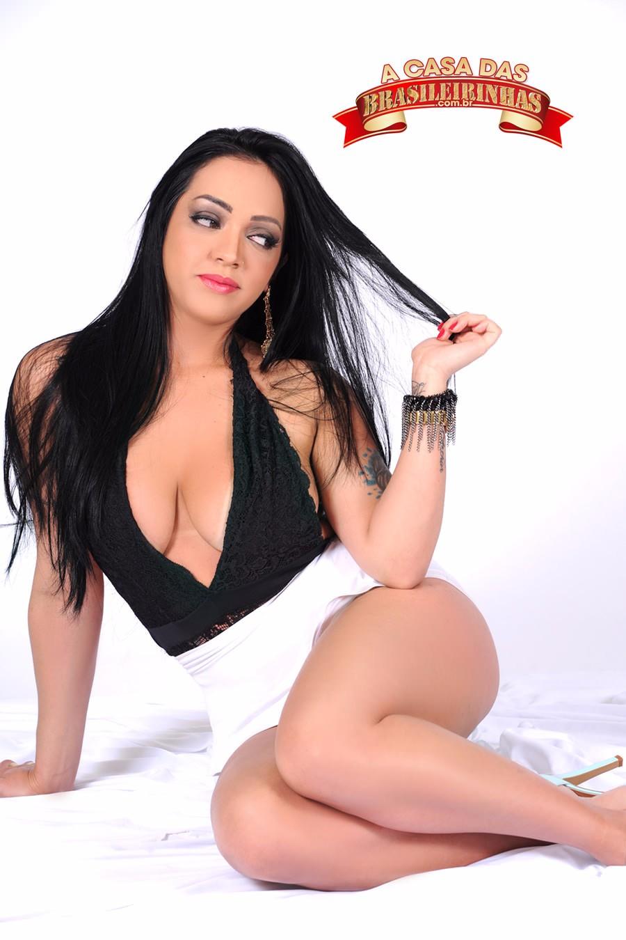 Angelina-Dayer.jpg