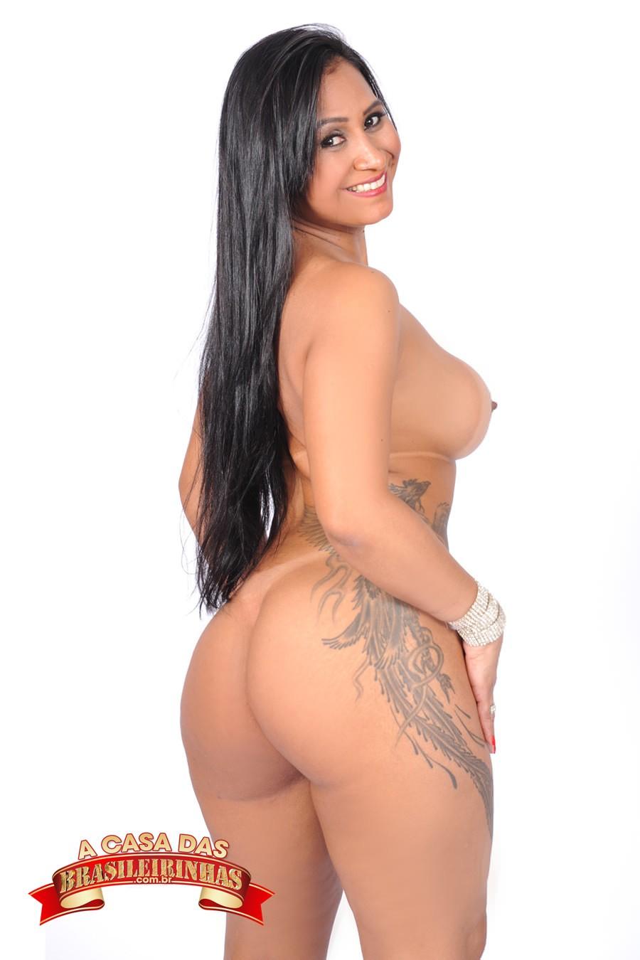 tatuada-Alessandra-Marques.jpg