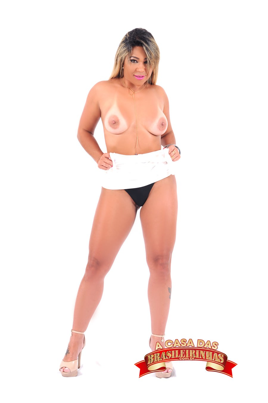 atriz-pornô-Monique-Lopes.jpg