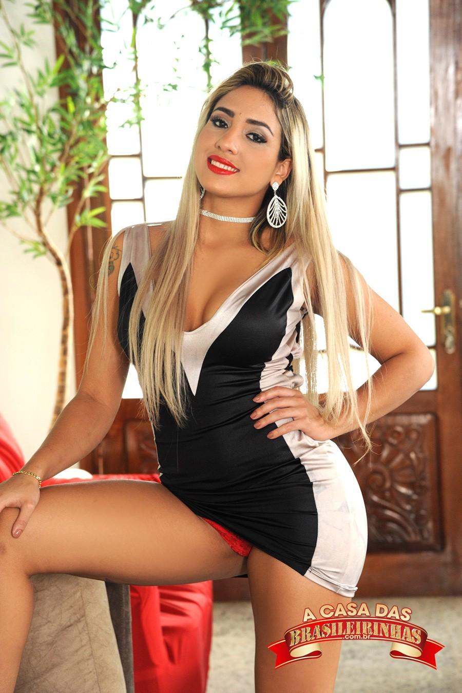 Bruna-Lambertini-de-vestido.jpg