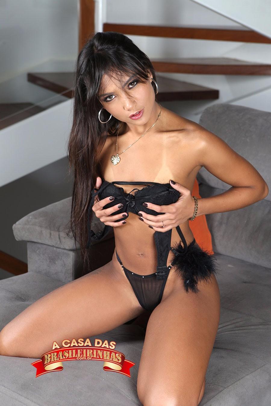 ensaio-sensual-de-Marcella-Schultz.jpg